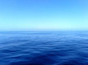 船で海を渡りました。